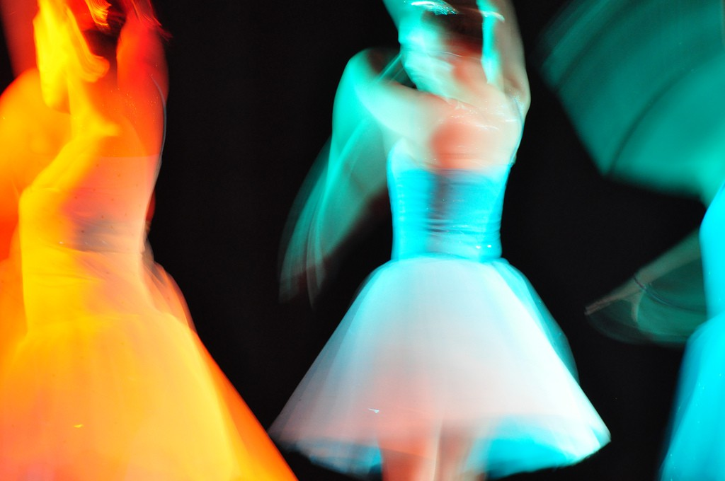 Image of dancers in motion
