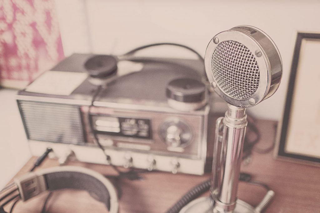 classic microphone picture