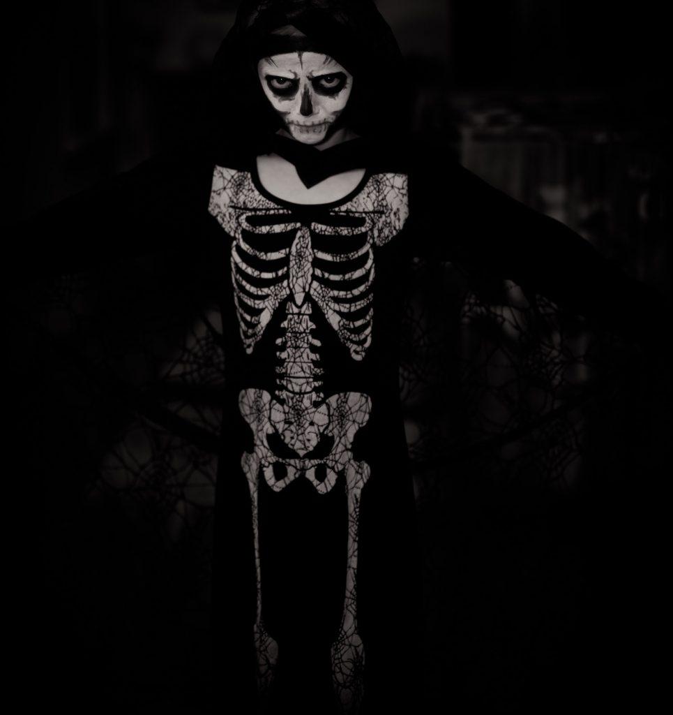 skeleton decorative image