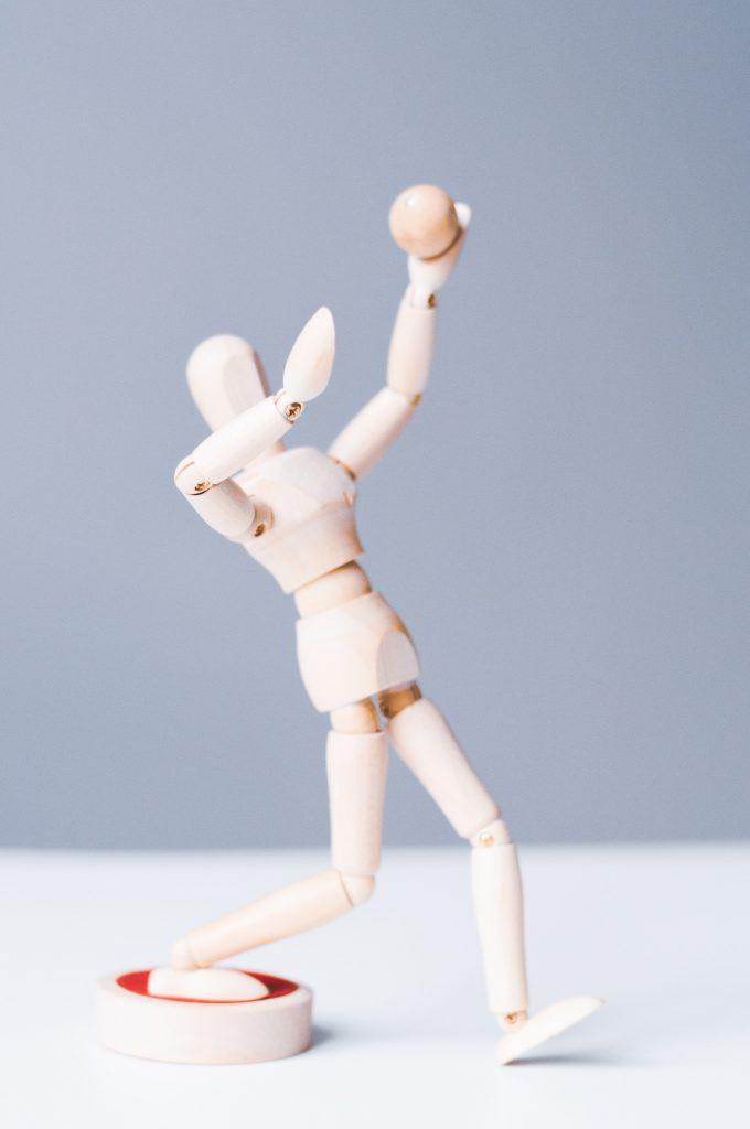 decorative image: figurine