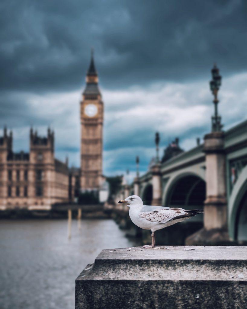 decorative image: London